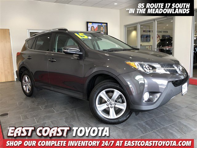 Pre-Owned 2015 Toyota RAV4 XLE 4-CYL FWD SUV