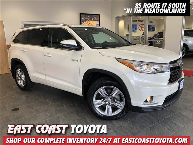 Certified Pre Owned 2017 Toyota Highlander Hybrid Limited Awd Suv