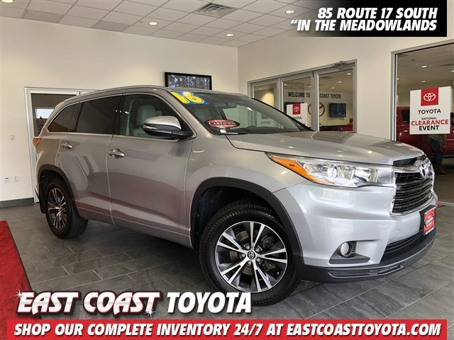 Certified Pre-Owned 2016 Toyota Highlander XLE V6 AWD SUV