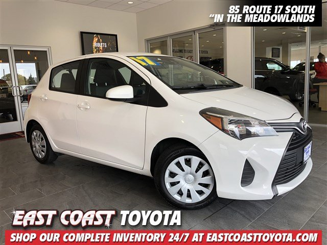 Pre-Owned 2017 Toyota Yaris L 4-CYL HATCHBACK