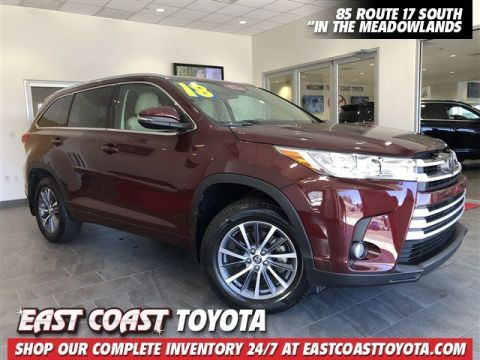 Certified Pre-Owned 2018 Toyota Highlander XLE V6 AWD SUV